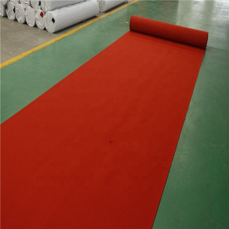 plain and strip Red non-woven cheap exhibition carpet for weddings