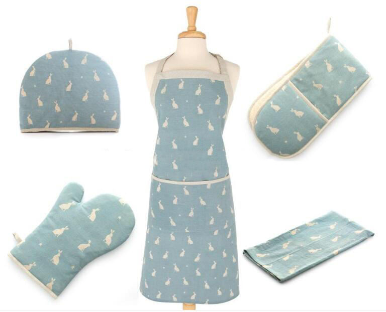 China manufacturer Sublimation Uniform Apron Waiter Chef Kitchen Polyester Custom Apron oven mitt Pot holder