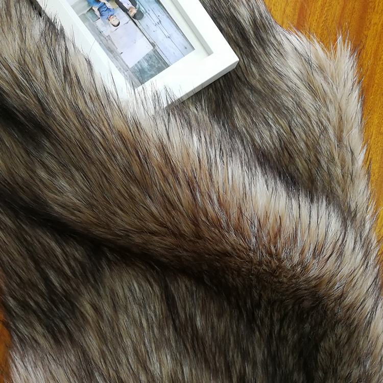 Wholesale luxury 100% acrylic knitted plush faux fox fur fabric for winter fabrics textiles