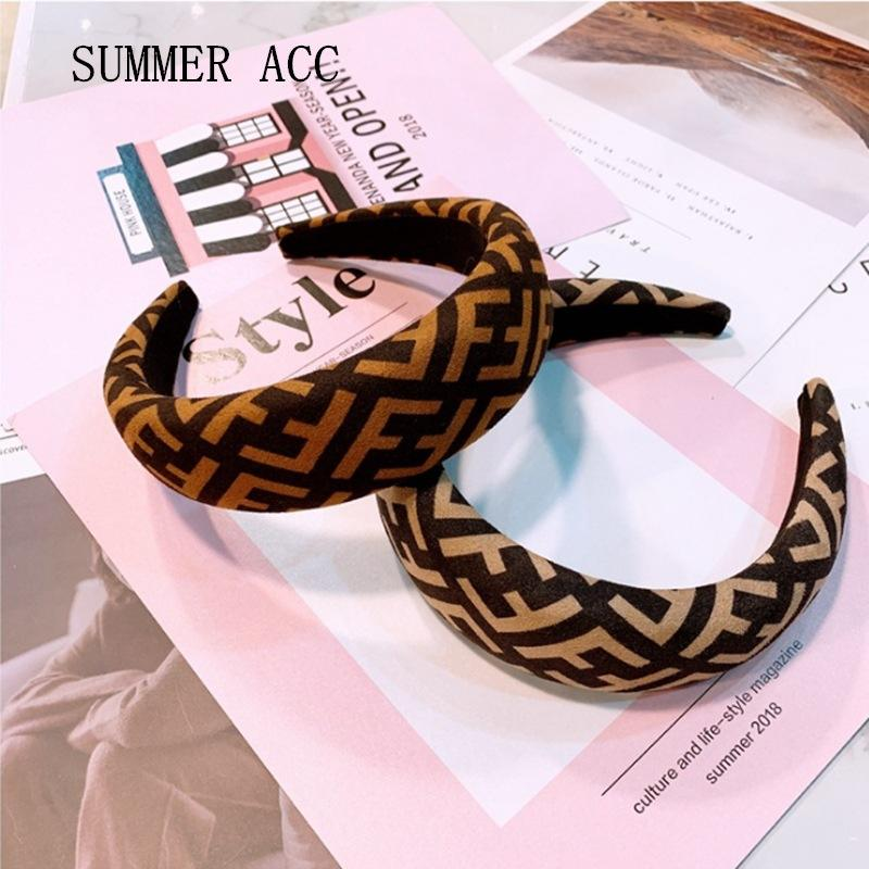 Light luxury headband European American wide-brimmed letters leopard print simple wild headband anti skid headband