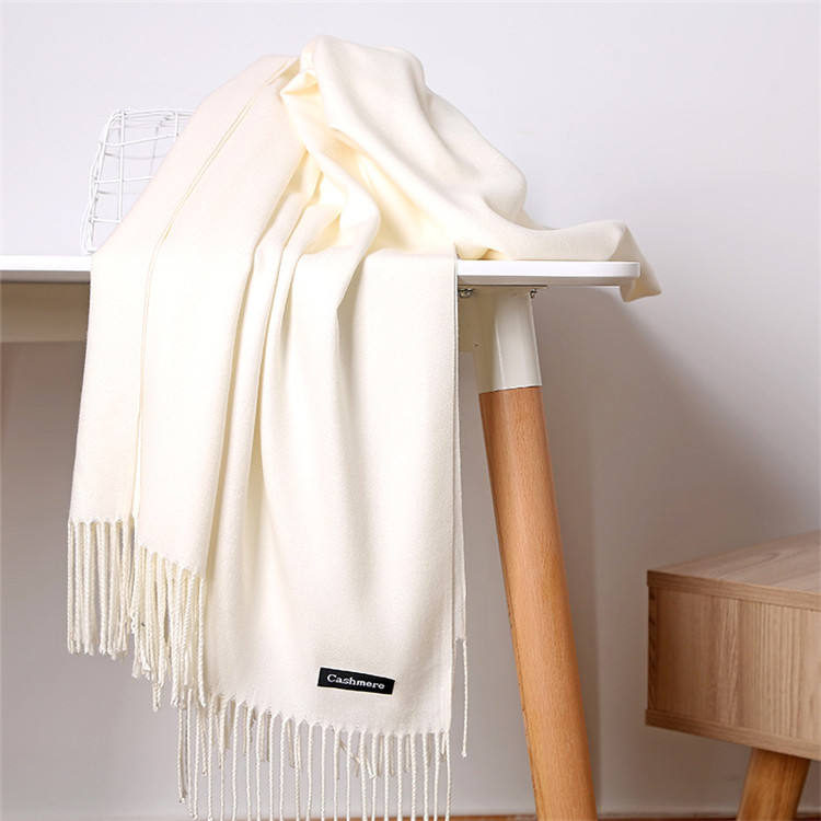 Wholesale lady fashion winter tassel cashmere pashmina shawl scarf