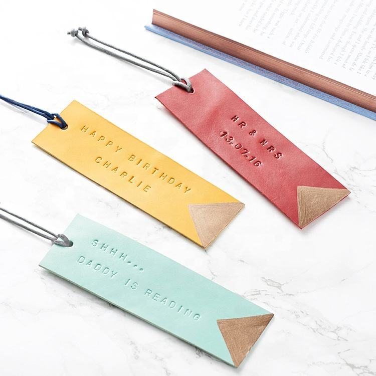 Factory hot sell high quality genuine leather bookmark with embossed logo