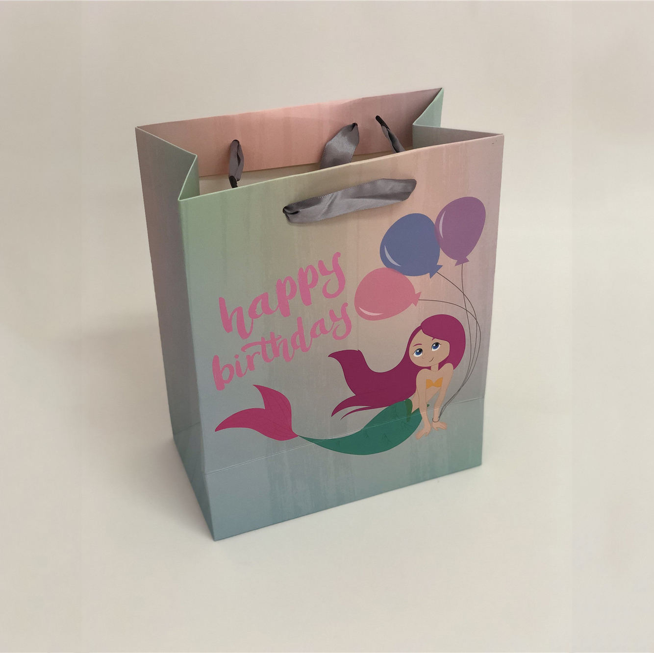 China Made Cute Cartoon Baby Birthday Gift Package Bag Wedding Candy Kraft Paper Bag