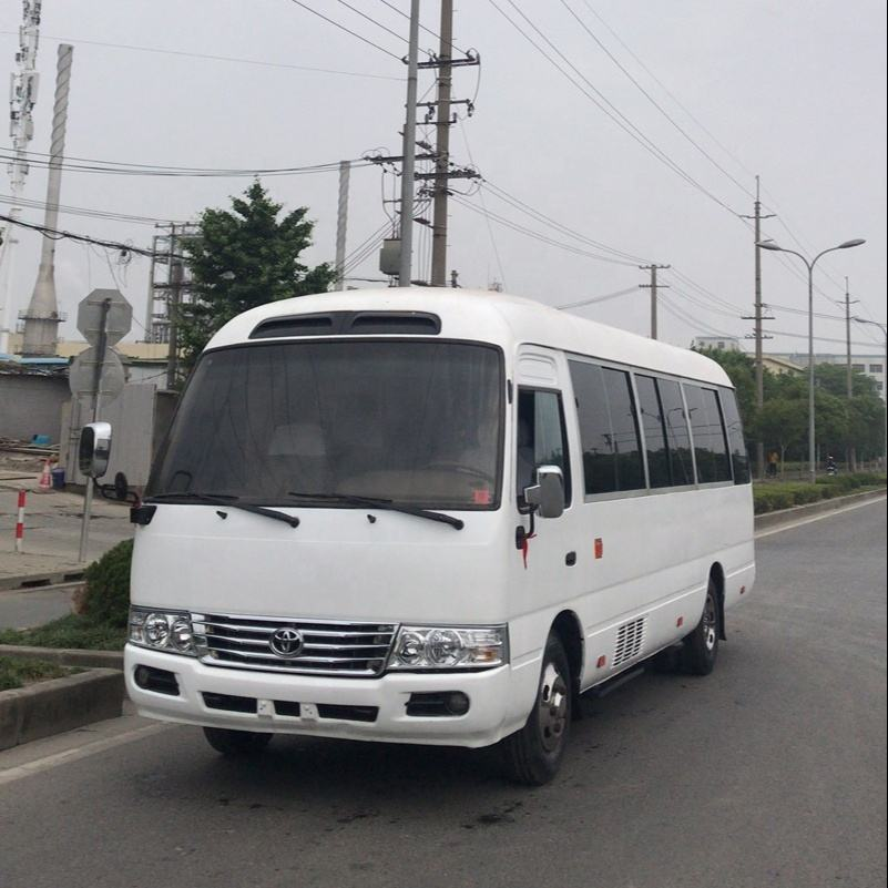 toyot coaster 2018 year diesel engine 30 passengers japan made bus for sale in China