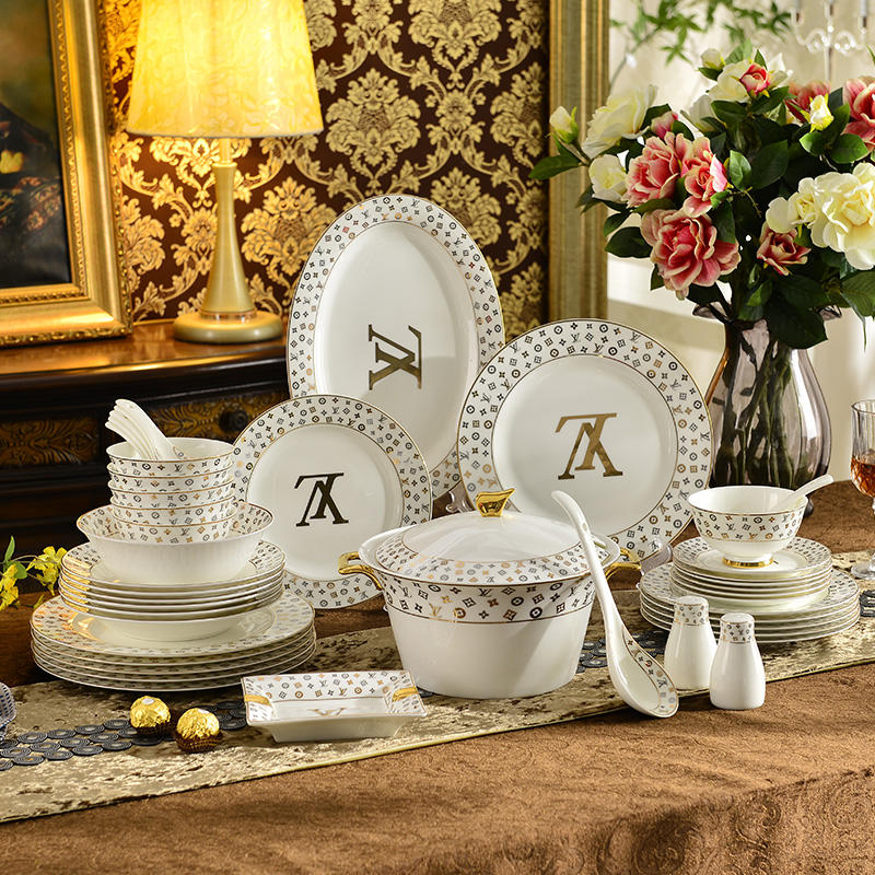 Wholesale plates sets dinnerware restaurant Emboss products antique porcelain dinnerware