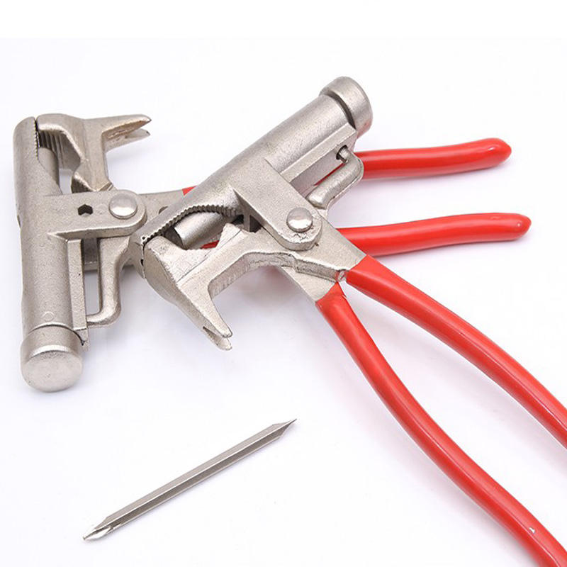 Multi-functional Manual Power Nail Hammer, screwdriver, pipe pliers, household portable maintenance tools