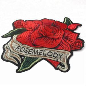 Fashion Design Sew on Merrow Border Custom Red Flower Embroidery Rose Patch for Clothing and Dress