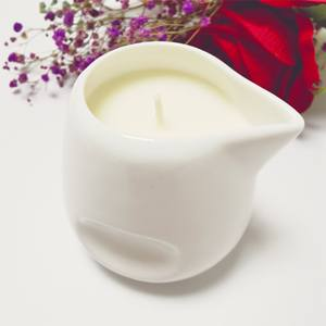 Essential oil scented Soy Wax Massage Fragrance Ceramic candle jar with Spout Low temperature
