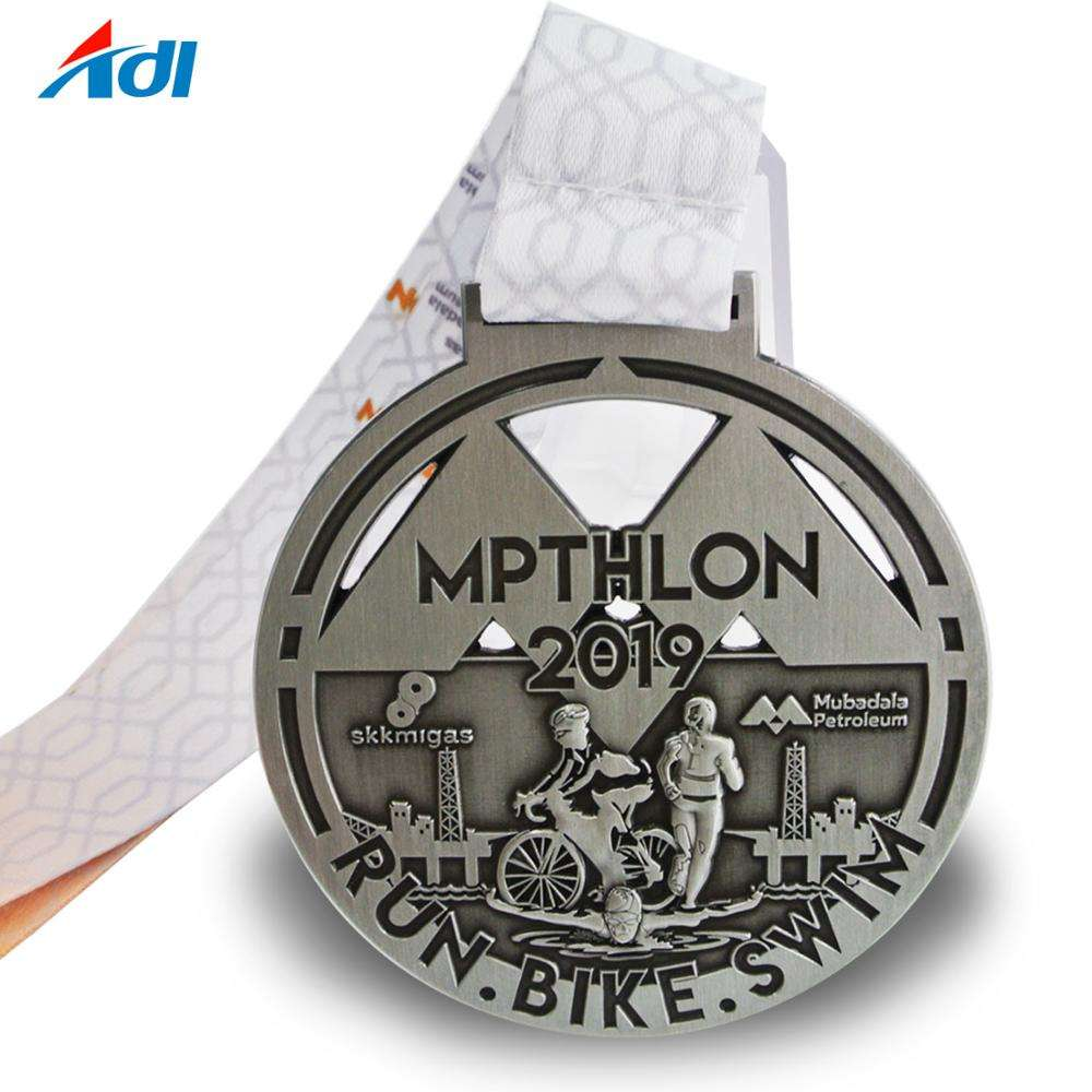 Cheap customized 3d logo metal sports swim bike run finisher medal with ribbon
