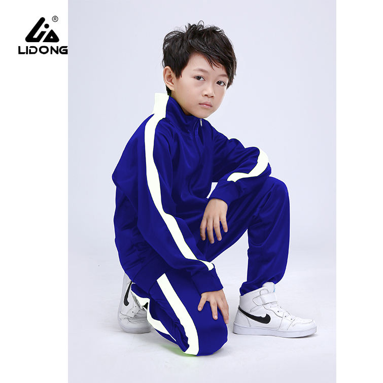 China Manufacturer Sport Wear Kids Sport Custom Running Wear kids tracksuits For Sale