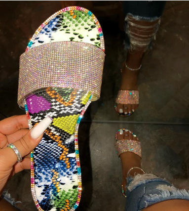 2019 Hot Popular Ladies Slippers Bright Rhinestone Women Flat Sandals Bling Diamond Slides