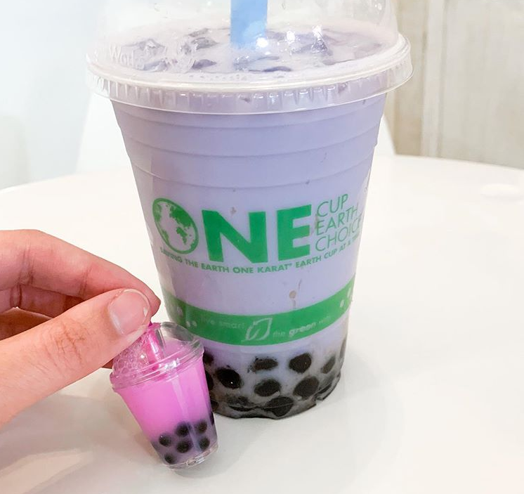 ready to ship printing lovely cute bubble boba Milk tea cup keychains liquid water floating key chain for girls