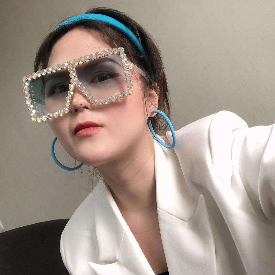 2020 New Arrivals Oversized Fashion China OEM Womens Women Bling Diamond Pink Designer Shades Sunglasses With Diamonds