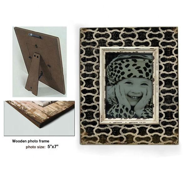 customized decorative pattern black and white color cheap wholesale wooden picture frames and 5