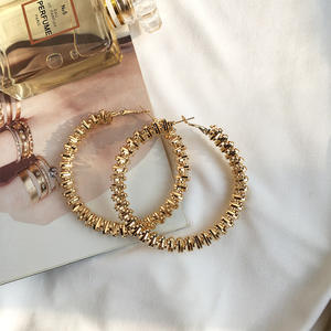 2020 New Arrival Big 9ct Gold Plated Twisted Large Hoop Earrings Large Circle Creole Hoop Earrings