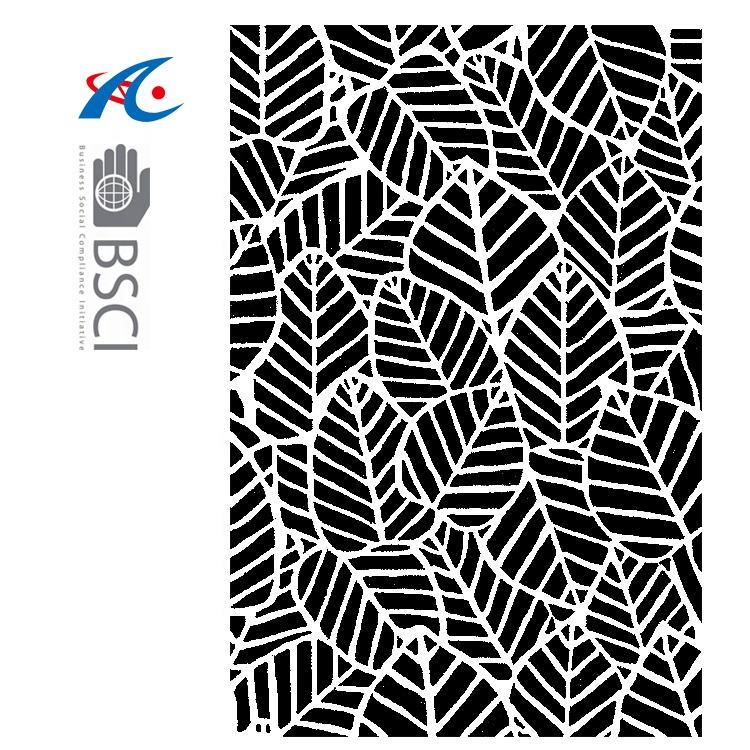 eco-friendly outdoor rug woven from straws make of premium recycled plastic cheap pp straw beach mat black and white leaf