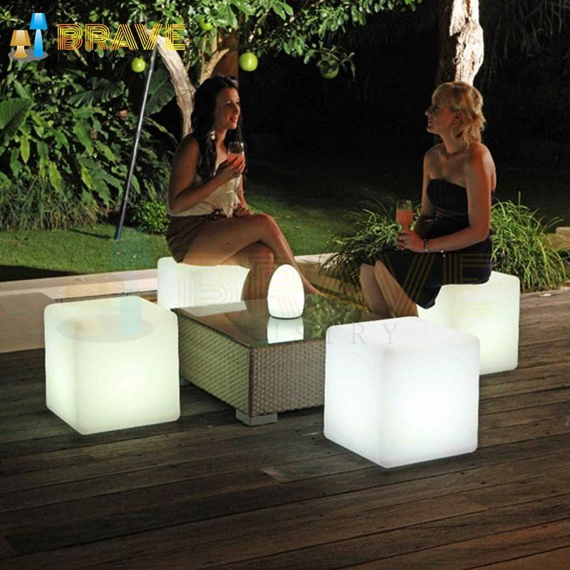 hot selling new product Top Sale LED Cube table lamp powered Waterproof garden RGB decorative light with USB