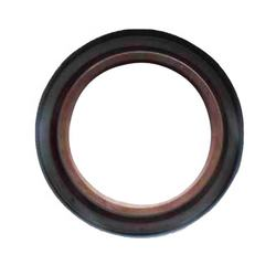 Original Yutong Bus Spare Parts Rear Wheel Hub Outer Oil Seal for Sale