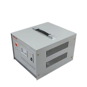 Kualitas Tinggi TND Single Phase 3KVA Automatic Voltage Stabilizer