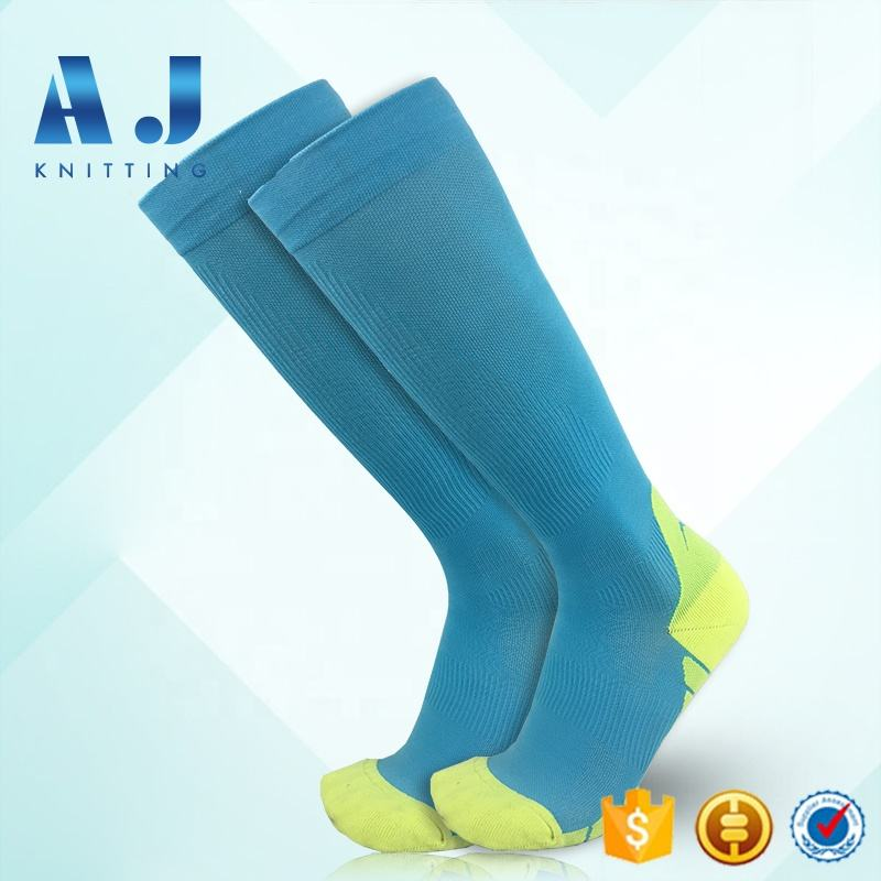 AJ1726 Amazon Biggest Supplier!Best Athletic Graduated Running Sport Compression Knee High Nurse Socks For Men Women