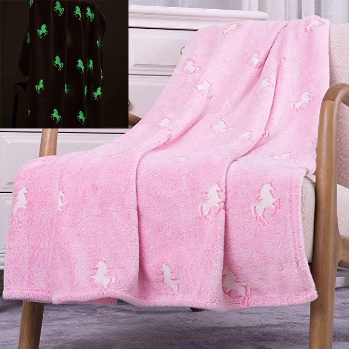 Wholesale Funny Custom Unicorn Stars Flannel Glow In The Dark Throw Pink Blanket