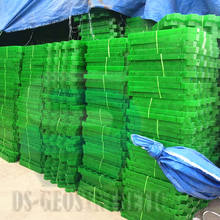 Hot Sales Factory Price Plastic HDPE Parking Honeycomb Gravel Grass Paver Grid for parking lot garden
