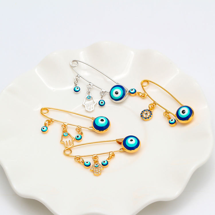 New Style Simple Palm Turkey Blue Eye Diamond Crystal Collar Pin Evil Eyes Brooch Safety Charm Gold Collar Pin Brooch For Kids