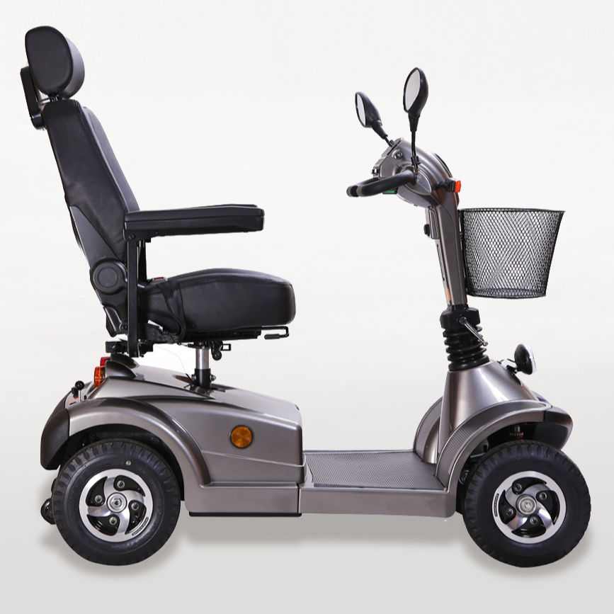700W adjustable mobility scooter with full suspension for handicapped and old man visiting
