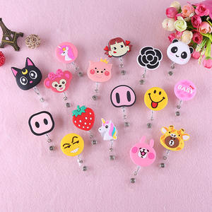 Promotionele Custom Cartoon Decoratieve Intrekbare Clip Badge Holder Clips Kleine Cord Reel Clip Voor Key Id-kaart