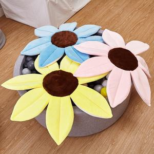 New Cute Cartoon Sunflower Flower Mat Baby Bathing Seat Waterproof Cushion Bathing Safety Petal Pad