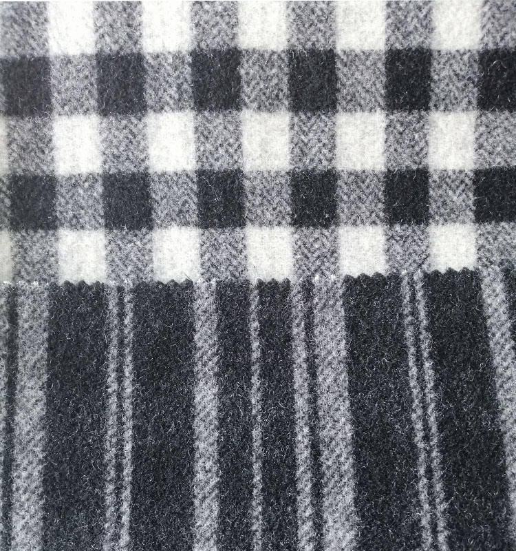 China suppliers provide wholesale 100% wool check fabric for coat