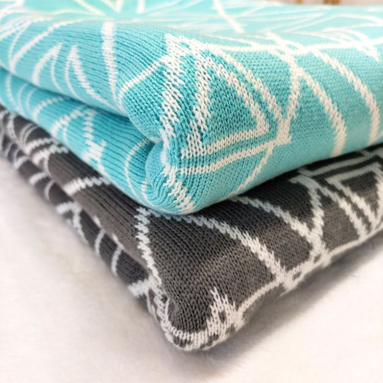 Blankets Manufacturers Factory Hot Sale Cheap Price Pattern 100% Acrylic Cable 2 Side Keep Warm Woven Throws Blanket