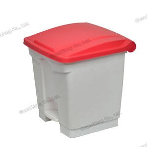 Customize fire retardant hotel room waste containers garbage bin foot pedal 13 gallon kitchen trash can