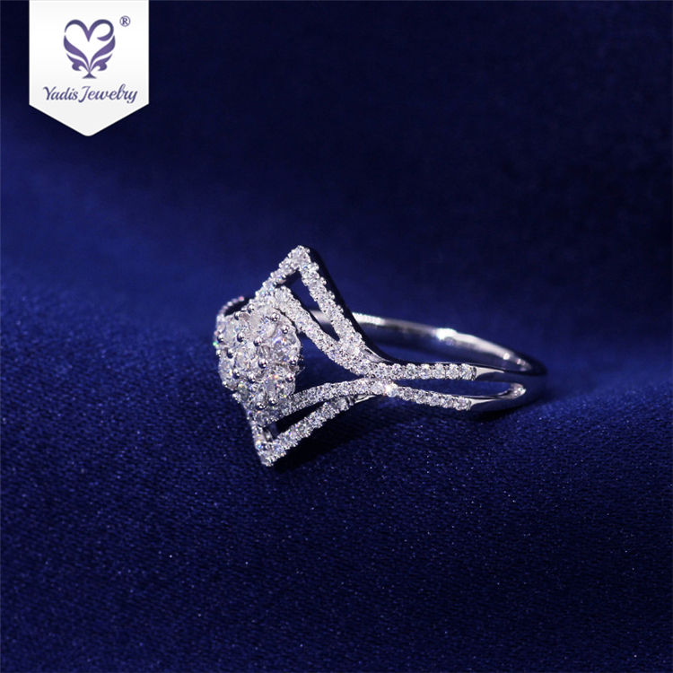 Yadis Sale 10K White Gold Small Pieces Moissanite Diamond Wax Setting Popular Party Ring