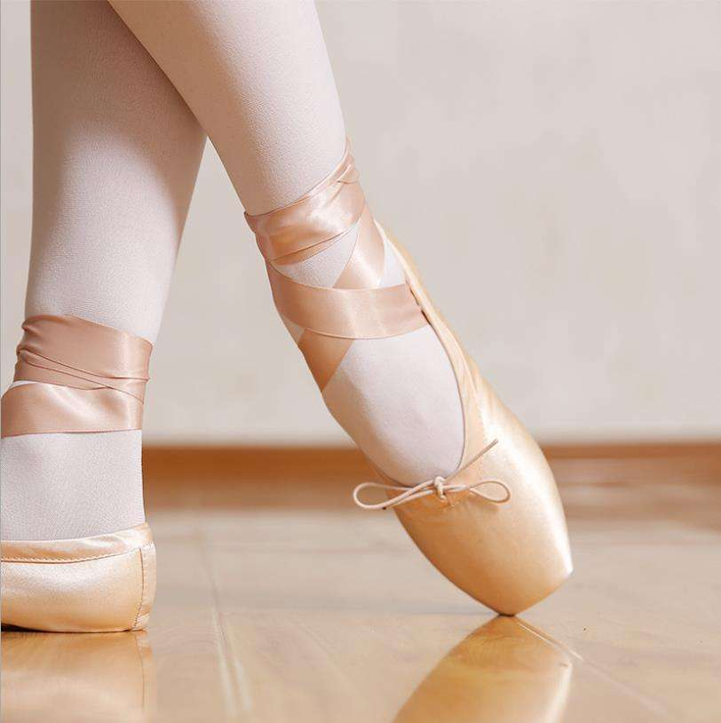 High Quality Children Satin Dance Shoes Woman Hard Bottom Performance Ballet Shoes Girl Ribbon Pointe Shoes Ballet