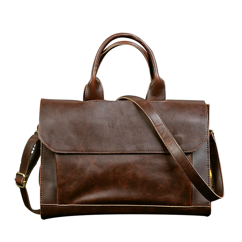 The new Large-capaciyt crazy horse leather head layer cowhide cross-body messenger bag for leisure travel or office
