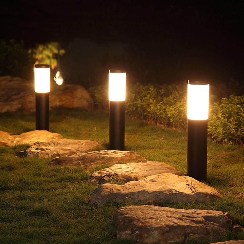 Decorative Pathway Outdoor Lamp Garden Lighting Column Street Light Post Solar