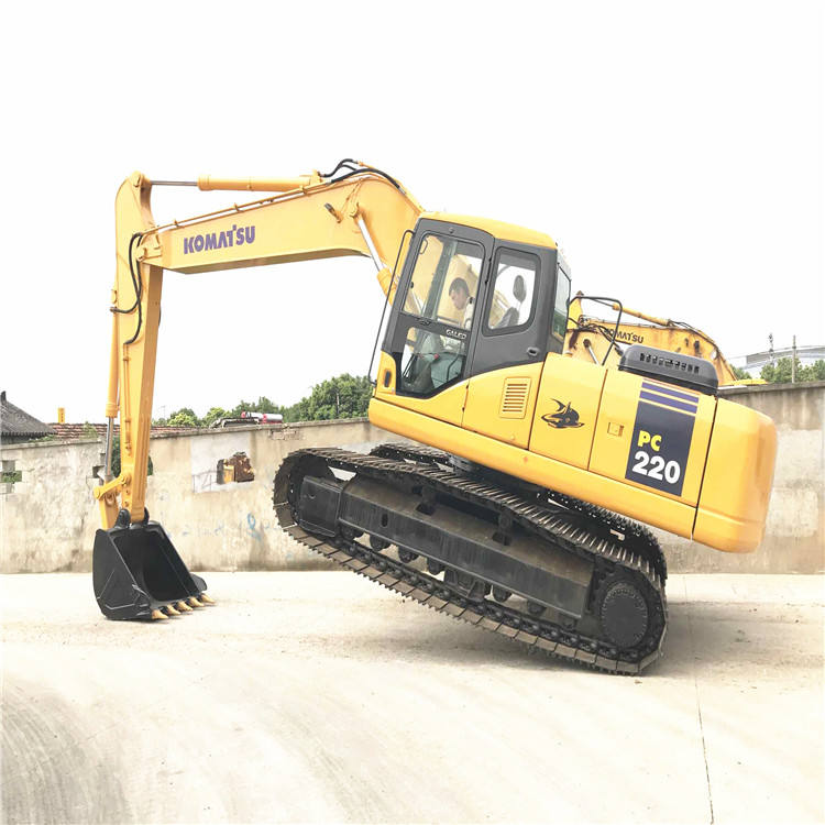 Low Price PC220-7 Komatsu excavator,Low working hours Used Komatsu PC220 crawler excavator/Used Komatsu PC220-7 digger on sale