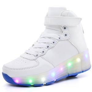 Fashion wholesale breathable upper light up one wheel roller shoes with retractable wheels