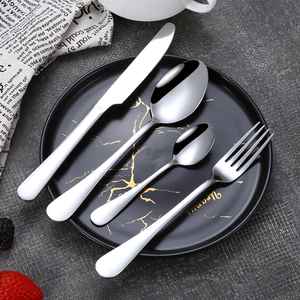 QZQ 18/0 Stainless Steel Tableware Set Spoon and Fork 24pcs Silverware Flatware Gold Cutlery Set