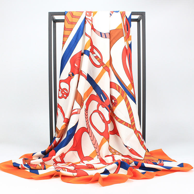 Europe and the United States big chain printed silk scarf female 130cm twill printed large square scarf ladies shawl beach towel