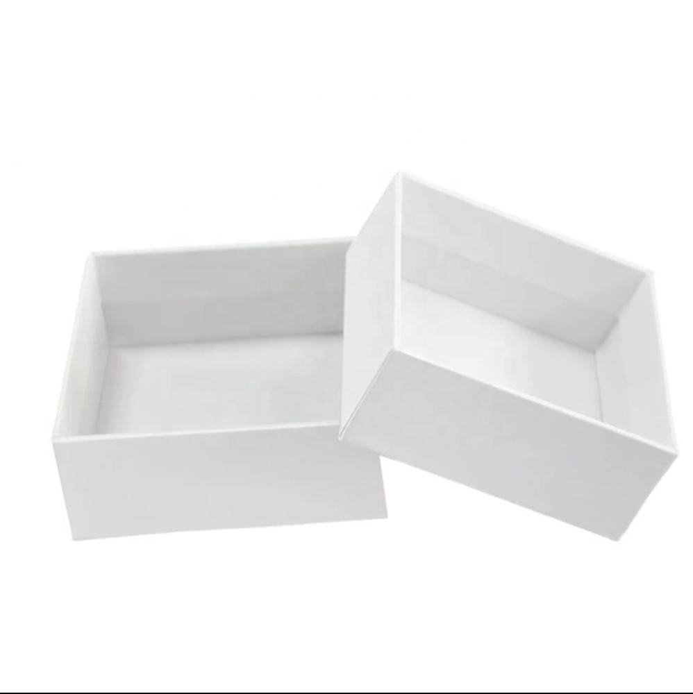 Wholesale factory direct sales packaging custom small boxes fancy gift box