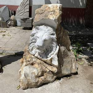 Garden decoration style white marble hand carved making life size stone lion statue