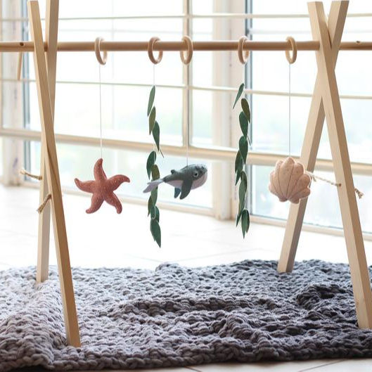 wooden baby gym toys Foldable Baby Play Gym Frame activity gym play mats with hanging Toys Newborn Gift Baby Girl boy furniture
