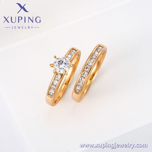 13724 /15603/12888 Xuping Jewelry Hot Sale Fashion Diamond Wedding Couple Ring Set with 18K Gold Plated