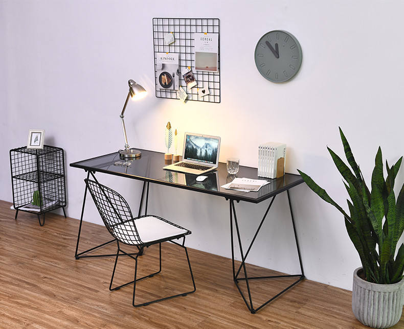 Nordic Modern Iron Household Computer Desk Simple Toughened Glass Table Minimalism Writing Desk With Slender Metal Bracket