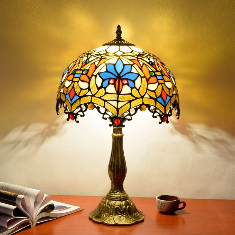12 inch European creative Tiffany stained glass bedroom restaurant bar hotel tiffany lampe bedside table lamp lampara de mesa