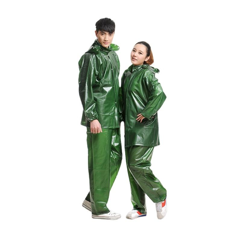 YANLI 100%waterproof, wholesale outdoor pvc raincoat for adults/ rubber rain coat/rain suit
