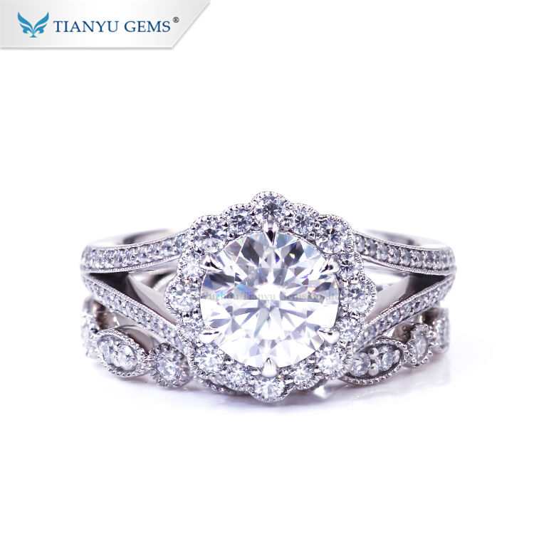 Tianyu Gems Customized 18K Solid White Gold 7mm/8mm Moissanite Diamond Rings