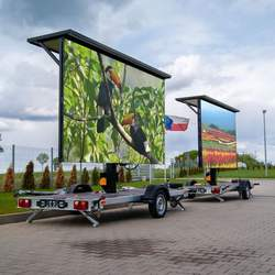 Outdoor P5 P6 Trailer LED display screen with solar panels a